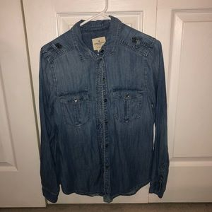 Denim American Eagle button up long sleeve